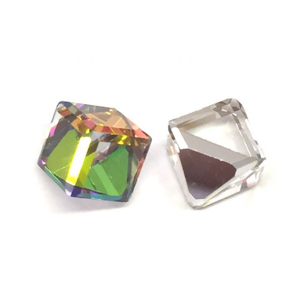 Swarovski CUBE 4841 6mm, Vitrail Medium